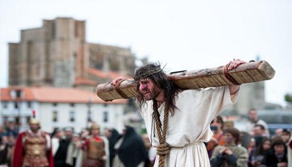 Preparativos para Semana Santa en Cantabria