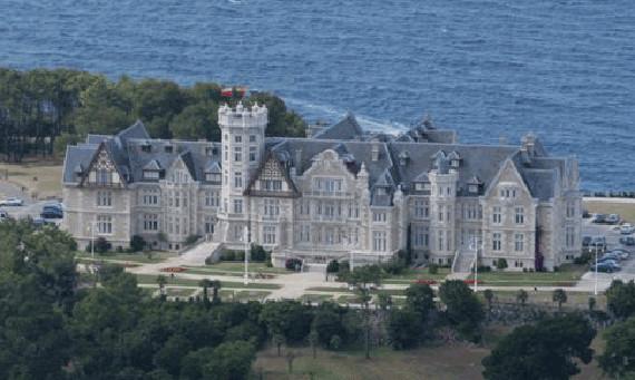 Conociendo un gran palacio, visitas al Palacio de La Magdalena